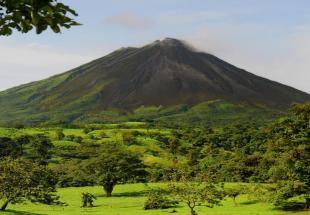 Arenal%20volcano