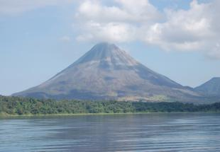 lac-arenal-arenal-c-flickr.jpg