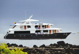 Petrel%20cruise,%20Galapagos%20Islands